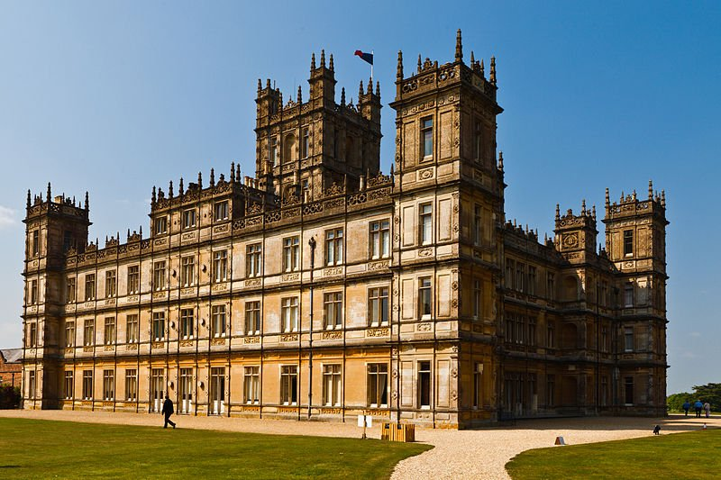 Film Locations for Downton Abbey: Highclere Castle, Inverary Castle, Ripon, London