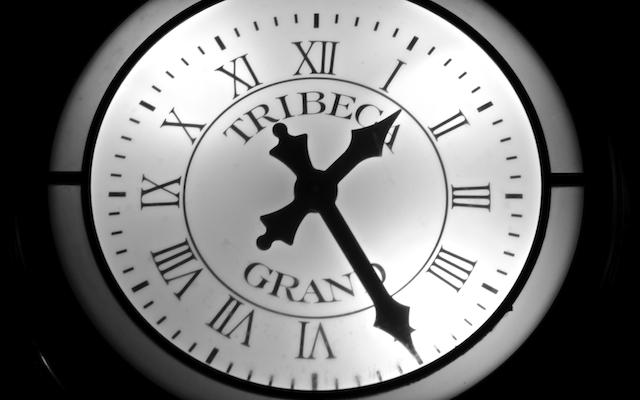 NYC_AmericanPsycho_PatrickBatemansBirthday_Clock