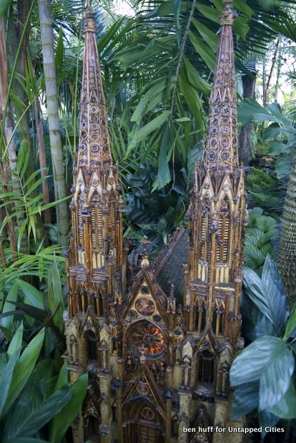 Holiday Train Show-New York Botanical Garden-Bronx-2013-NYC-001