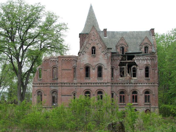 Wyndcliffe-Rhineback-Abandoned-Mansion-Hudson River-NYC