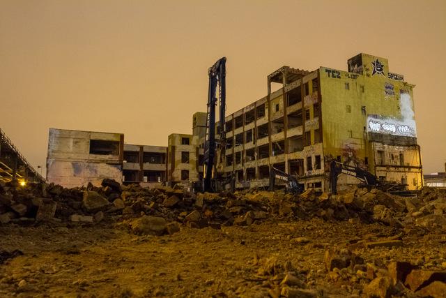 5Pointz-Interior Demolition-Rooftop-StreetArt-Long Island City-Queens-Urban Exploration-NYCFall 2014-011