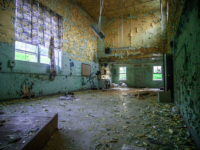 Perrysburg-NY-Tubuculosis Clinic-Abandoned Hospital-Lake Erie-New York-Johnny Joo-11
