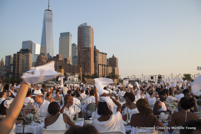 NYC Diner en Blanc-2015-Hudson River Park-Pier 26-Manhattan-Pop Up White DInner-_11