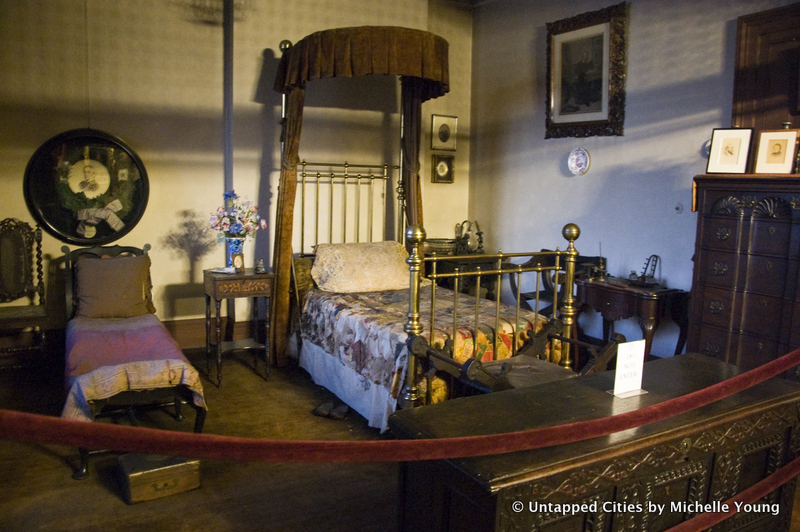 The Edwin Booth Bedroom: Preserved in Time at The Players Club Since 1893