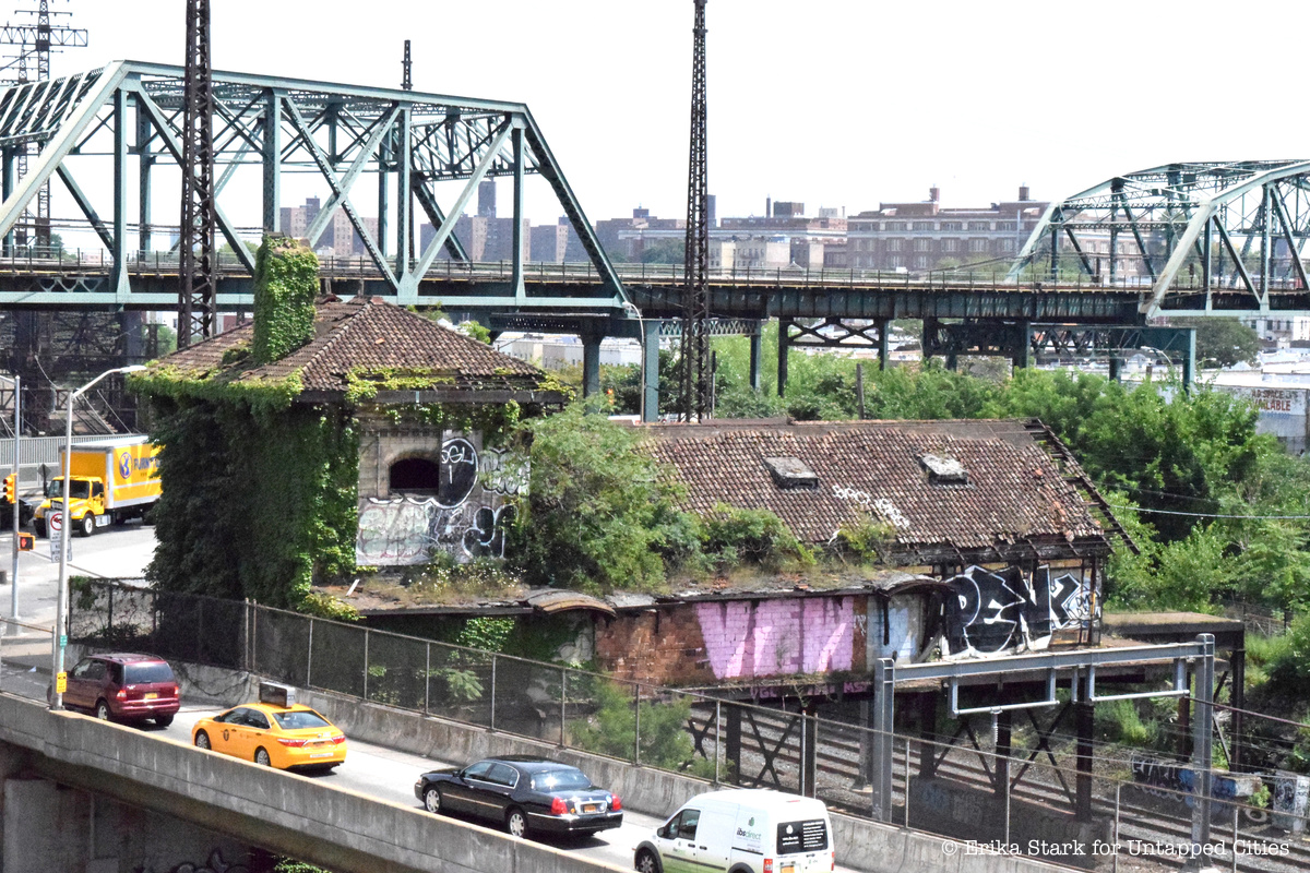 Cass Gilbert's Abandoned Westchester Avenue Station: An Unassuming Nod to Gothic Architecture