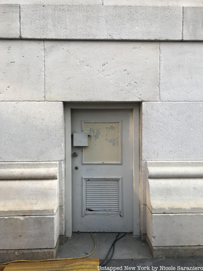 doorway to the Washington Square Park arch