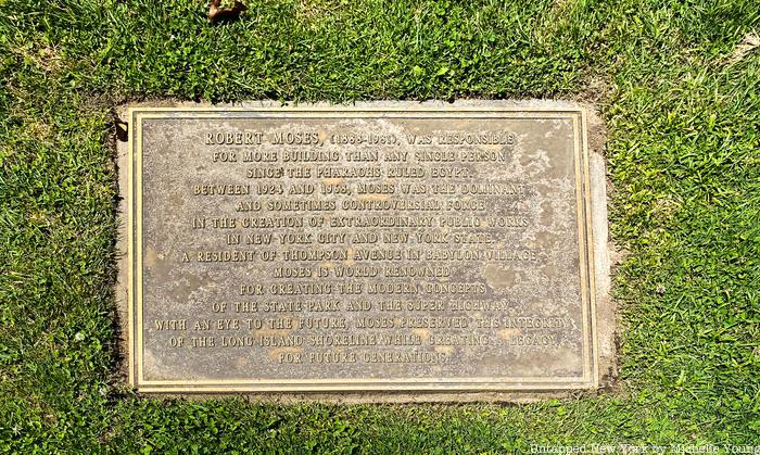 Robert Moses sculpture plaque