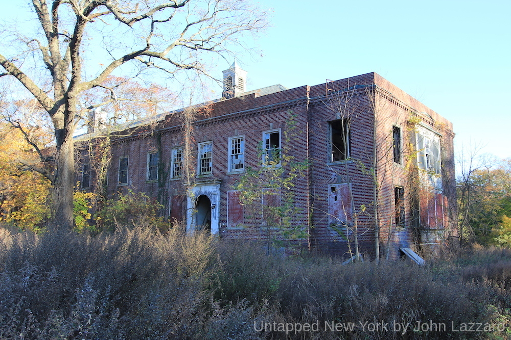 Kings Park Psychiatric Center A Visual Journey After Deinstitutionalization_9